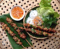 Món ngon cuối tuần: Bún thịt xiên nướng - http://congthucmonngon.com/109374/mon-ngon-cuoi-tuan-bun-thit-xien-nuong.html