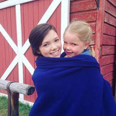 Alisha Newton (Georgie) and Julia Maren Baker (Katie) from Heartland Georgie, Heartland Season 9, Heartland Quotes, Heartland Ranch, Heartland Tv Show, Netflix Family Movies, Ty And Amy, Alisha Newton, Amber Marshall