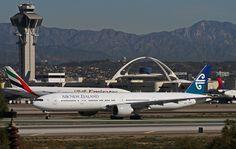 https://flic.kr/p/brJKDi | Air New Zealand, Boeing 777-300ER | LAX Feb. 9, 2012