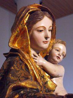 Atribuida a Anton Maria Maragliano. Primer tercio del siglo XVIII. Virgen de Portaceli. Convento de Nuestra Señora del Carmen. Cádiz