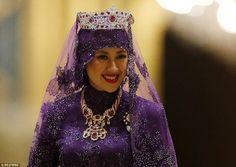 Queen of Brunei tkt