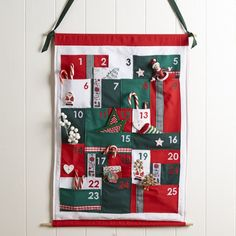 Reusable Advent Calendar, Homemade Advent Calendars, Advent Calendar Activities, Fabric Advent Calendar, Wooden Advent Calendar, Advent Calendars For Kids, Advent Calenders, Diy Calendar, Christmas Craft Projects