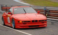 BMW 850 red