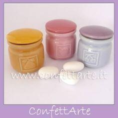 Barattoli colorati in ceramica