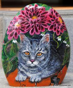 handpainted rocks,animals,cats,pet portraits