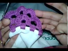 Waldineia Santos shared a video Crochet Lace Edging, Crochet Flower Patterns, Crochet Trim, Baby Knitting Patterns, Crochet Flowers, Crochet Stitches, Embroidery Patterns, Crochet Baby, Free Crochet