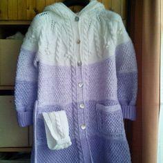 Modelový dívčí kabát s kapucí + čelenka Model, Sweaters, Fashion, Breien, Moda, Fashion Styles, Scale Model, Sweater, Pullover