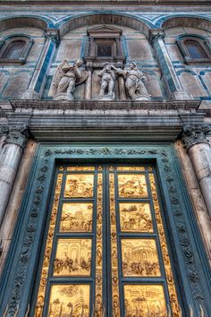 Gates of Paradise - Lorenzo Ghiberti - Florence Baptistery. Our tips for 25 places to visit in Italy: http://www.europealacarte.co.uk/blog/2012/01/12/what-to-do-in-italy/