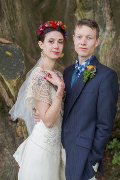 noiva e do noivo elegante e colorido