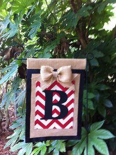 Monogrammed Chevron Burlap Garden Flag Ribbon Trim by aDOORnaments Chevron Burlap, Burlap Flag, Burlap Bows, Burlap Art, Chevron Ribbon, Burlap Projects, Burlap Crafts, Diy Garden Projects, Craft Projects