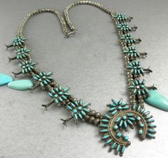 OLD 65g GORGEOUS  Primitive Zuni Angelic Blue Turquoise Squash Blossom Necklace