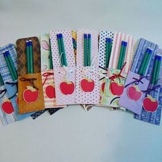 Office Supplies, Paper Crafts, Show, Pencil Holders, Teachers' Day, Toddler Arts And Crafts, Cartonnage, Packaging, Party