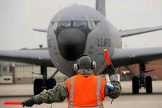 KC-135 marshaling