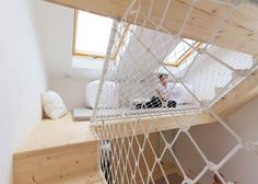 A Summer House Boasts a Parent's Bedroom with Play Area Architecture Russe, Cabinet D Architecture, Kids Bedroom, Master Bedroom, Childrens Playhouse, Have A Good Sleep, Attic Spaces, Play Houses, Hostel