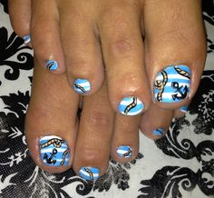 blue and white nautical rope nail design