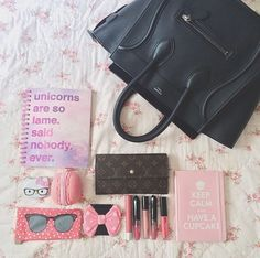 What's in Heart's Celine mini luggage tote? Celine Mini Luggage, Celine Bag, What In My Bag, What's In Your Bag, Inside My Bag, Big Fashion, Beautiful Bags, You Bag, Make It Yourself
