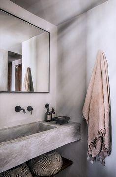 Home Interior 2019 birdasaurus: Casa Cook .Home Interior 2019 birdasaurus: Casa Cook Bathroom Interior Design, Decor Interior Design, Interior Decorating, Interior Paint, Decorating Bathrooms, Modern Interior, Ibiza Style Interior, Restroom Design, Natural Interior