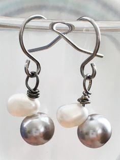 Sharkskin Pearls Earrings