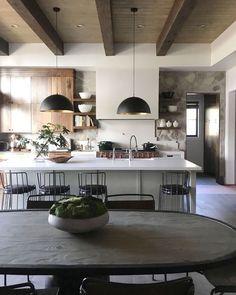 awesome 48 Wonderful Wood Kitchen Design Ideas For Cozy Kitchen Inspiration Cozy Kitchen, New Kitchen, Kitchen Decor, Kitchen White, Neutral Kitchen, Kitchen Rustic, Kitchen Modern, Kitchen Layout, Kitchen Tips