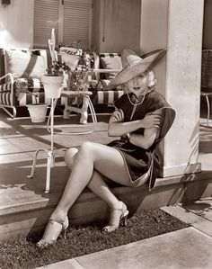 Hollywood At Home: Carole Lombard Photos   Architectural Digest