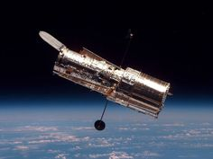 NASA is using the Hubble Space Telescope to analyze distant parts of the universe and understand star birth. Hubble will have been in space for 25 years in April Fotos Do Hubble, Hubble Photos, Hubble Pictures, Hubble Images, Hubble Space Telescope, Telescope Craft, Cosmos, Nasa, Edwin Hubble