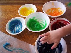 Almost Unschoolers: Homemade (Scented) Finger Paint