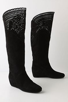 Lovely laser cut suede boots!