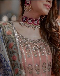 Indian Bridal Jewelry Sets, Indian Jewelry Earrings, Fancy Jewellery, Indian Jewellery Design, Stylish Jewelry, Indian Necklace, Jewellery Storage, Jewelry Accessories, Fancy Dress Design