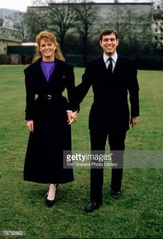 79732862-prince-andrew-duke-of-york-with-sarah-gettyimages.jpg (404×594)