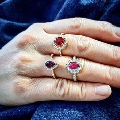 Aidez Thuy-Anh à choisir sa bague pour Noël   #juwelo #bague #tourmaline #grenat #topaze #or #argent #bijoux #mode #tendance #fashion #trend #rouge #rose #violet #cadeaudenoel #christmaspresents Violet, Or, Sapphire, Inspiration, Jewelry, Instagram, Fashion, Tourmaline Ring, Topaz