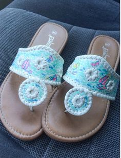 f3af071623f19 Lilly Pulitzer Inspired Handpainted Jack Rogers I m in love