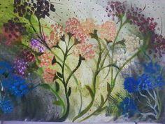 """""""O vôo das flores""""  Outubro/2013 Hoje vai a lembrança  do primeiro quadro de todos, ele realmente deu início a arte na minha vida! Enfim , ele tem um valor todo especial! As cores frias e as cores quentes bem separadas... As nuances  de claro e escuro e o movimento dá a  sensação  de que existe uma ventania sobre elas... O resto fica por conta do observador😁😉 Atelier Thais Trindade  #arte #pintura #acrilica #flor # flores #cores #atelier #desenhar #desenhar"""