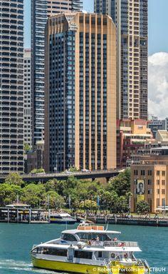 Four Seasons Hotel Sydney- The Skyscraper Centre, Photo Roberto Portolese
