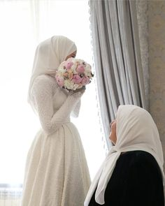 You are in the right place about Bridal Outfit for guest Here we offer you the most beautiful pictures about the Bridal Outfit for getting ready you are looking for. When you examine the part of the p Wedding Abaya, Wedding Hijab Styles, Muslimah Wedding Dress, Hijab Style Dress, Muslim Wedding Dresses, Disney Wedding Dresses, Muslim Brides, Bridal Hijab, Hijab Bride