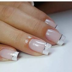 Nail art Christmas - the festive spirit on the nails. Over 70 creative ideas and tutorials - My Nails Elegant Nails, Classy Nails, Stylish Nails, Fancy Nails, Pink Nails, Cute Nails, French Manicure Nails, French Tip Nails, French Nail Art