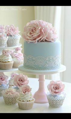 specialie taart en cupcake. pastel thema. wedding