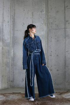 ミハラヤスヒロ(MIHARAYASUHIRO)のブランド情報。その他、ミハラヤスヒロ(MIHARAYASUHIRO)のコレクション、ニュースなど掲載中。ファッションプレスでは、有名ブランドのニュースなどファッションの情報をピックアップ。