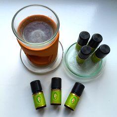 Jedem Chakra sind mehrere ätherische Öle zugeordnet, mit denen du die Energie deines Chakras beeinflussen kannst. Welche dies sind, erfährst Du hier.