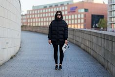 31 Winter Outfit Ideas - Your Daily #OOTD Inspiration for This Winter: Short Puffer Coat and Jeans Outfit