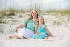 Children beach pictures, Florida, beach clothing ideas, family beach pictures, kid beach pictures, Perdido Key pictures, Orange Beach pictures, Gulf Shores pictures, family beach photos // Andrea McDaniel Photography