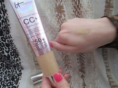 Whats Inside Your Beauty Bag?: It Cosmetics SUPERSIZE CC+ Illumination Full Cover...