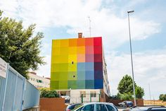 5 artistas urbanos llenan de color las calles de Italia