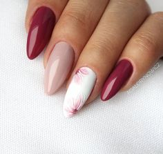 Best Nail Polish Colors of 2020 for a Trendy Manicure Almond Nails Designs, Pink Nail Designs, Almond Gel Nails, Claw Nails, Super Nails, Nagel Gel, Professional Nails, Flower Nails, Stylish Nails