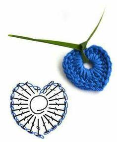 Pendant crochet mini-heart ♥LCH♥ with diagram --- Solo esquemas y diseños de…Simple Crochet Heart Chart -- pattern needs translation, but chart looks simple.-like the ribbon idea to make it into necklace Simple Crochet Heart ChartVery tiny hea Crochet Simple, Crochet Diy, Love Crochet, Irish Crochet, Crochet Flowers, Crochet Ideas, Peacock Crochet, Crochet Gifts, Crochet Diagram