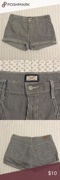 Striped Levi Strauss shorts (cuffed) Striped Levi Strauss shorts (cuffed) Levi's Shorts Skorts