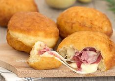 Bomboloni di patate sofficissimi e golosi fritti o al forno