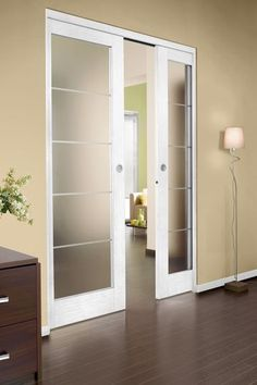 Portes coulissantes à galandage à ouverture simultanée - 15 portes coulissantes belles et fonctionnelles - CôtéMaison.fr