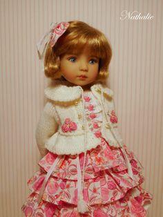 Veste tricotée et robe à volants pour Little Darling de Dianna Effner.