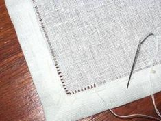 TOVAGLIA BIANCA DI FIANDRA N Drawn Thread, Hardanger Embroidery, Napkins, Stitch, Sewing, Table Clothes, Tejidos, Cloth Napkins, Types Of Embroidery