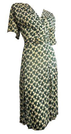 Green Deco Ribbon Print Bemberg Rayon Dress circa 1940s XXL - Dorothea's Closet Vintage